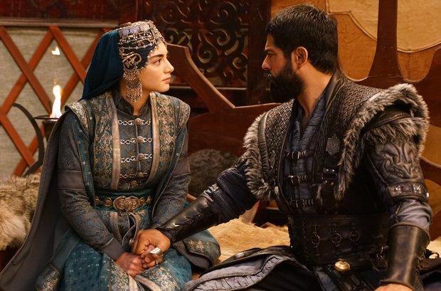 Kuruluş Osman yeni bölüm nefes kesecek! Osman Bey, Malhun Hatun ile evlenecek mi?