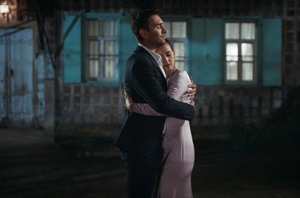 Tahir ile Nefes'in birbirinden romantik sahneleri!