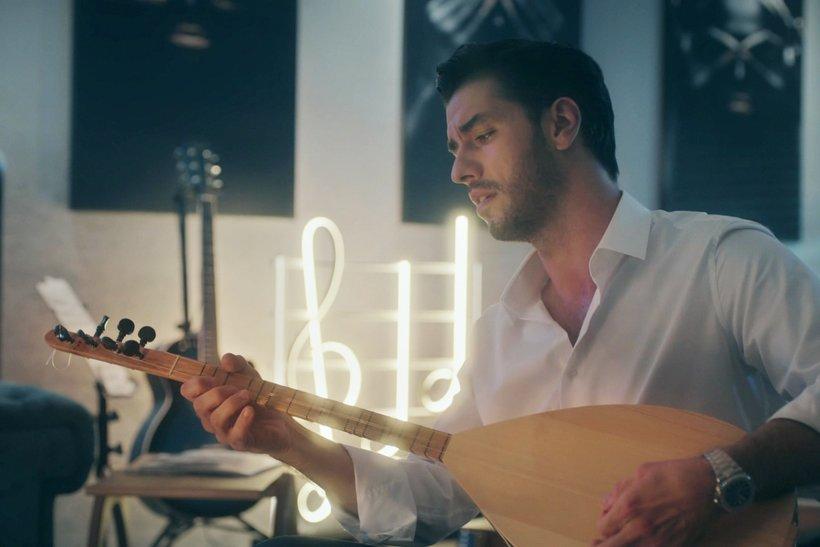 Aras Aydın'dan 'İkimizin Sırrı'na özel şarkı