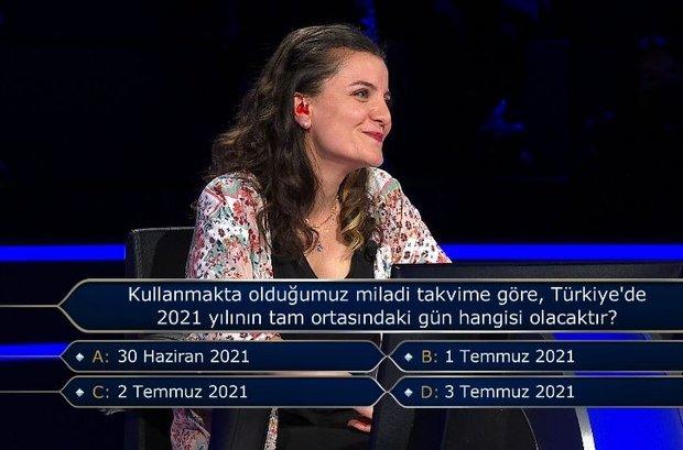 Akademik araştırmalarda, Amerikan Futbolu ve Buz Hokeyi liglerinde hangi oyuncuların daha fazla ceza aldığı ancak Türkiye Futbol Süper Ligi'nde böyle bir durum görülmediği ortaya konmuştur?